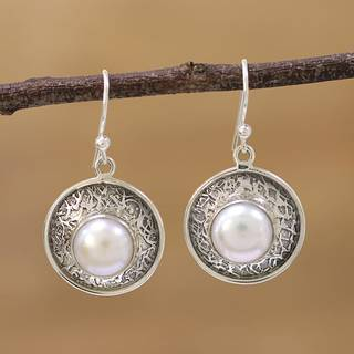 Handmade Sterling Silver 'In the Branches' Cultured Pearl Earrings (10 mm) (India)