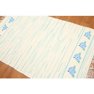 Soothing Cotton Hand Woven Dhurrie Flat Weave Area Rug - multi