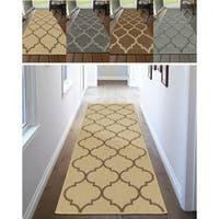 "Ottomanson Jardin Trellis Design Indoor/Outdoor Jute Backing Runner Rug - 2'7"" x 7'0"