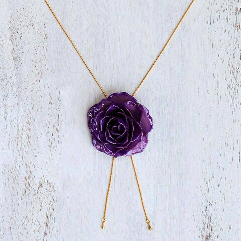 Handmade Gold Overlay Natural Rose 'Garden Rose in Purple' Necklace (Thailand)