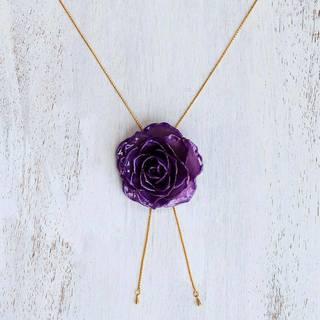 Handmade Gold Overlay Natural Rose 'Garden Rose in Purple' Necklace (Thailand)