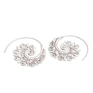 Handmade Sterling Silver 'Spiral Beauty' Earrings (Indonesia)