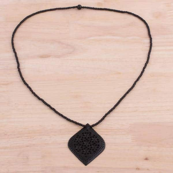 18+2 Delight Jewelry Enamel Tooth Elephant Necklace