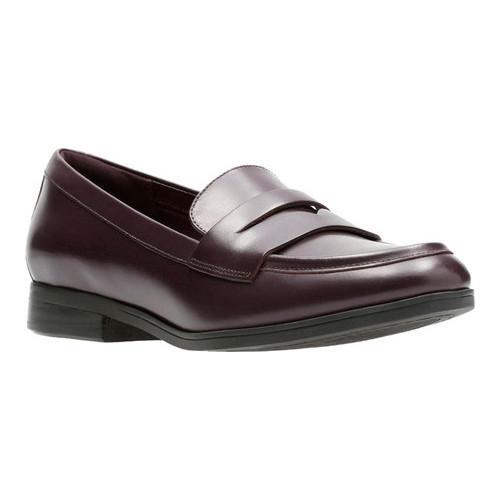 8dfd09f08a4 Shop Women s Clarks Tilmont Zoe Loafer Aubergine Full Grain Leather - Free  Shipping Today - Overstock - 17417407