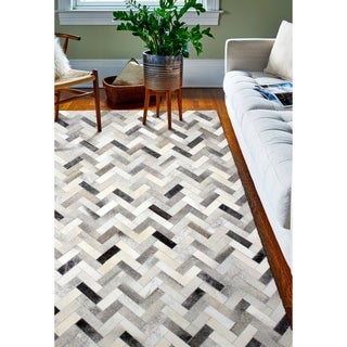 Quentin Area Rug - 4' x 6'