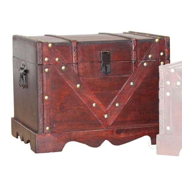 Large Wooden Treasure Box Old Style Decorative Chest With Lockable Latch