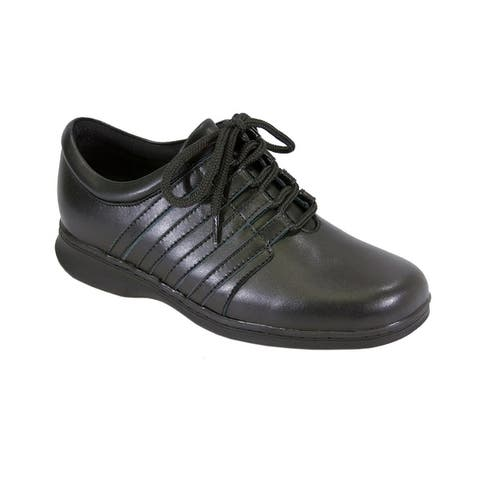 24 HOUR COMFORT Lara Women Wide Width Side Stitched Oxford LaceUp Shoe