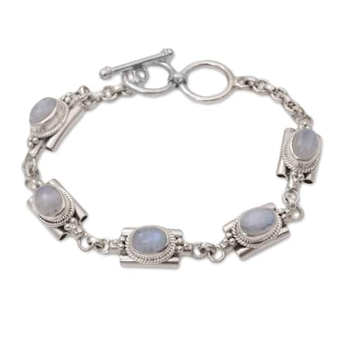 Handmade Sterling Silver 'Misty Domes' Rainbow Moonstone Bracelet (Indonesia)