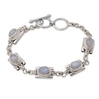 Handmade Sterling Silver 'Misty Domes' Rainbow Moonstone Bracelet (Indonesia)