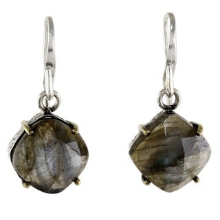 Handmade Gold Accent Sterling Silver 'Iridescent Moon Kisses' Labradorite Earrings (Thailand)
