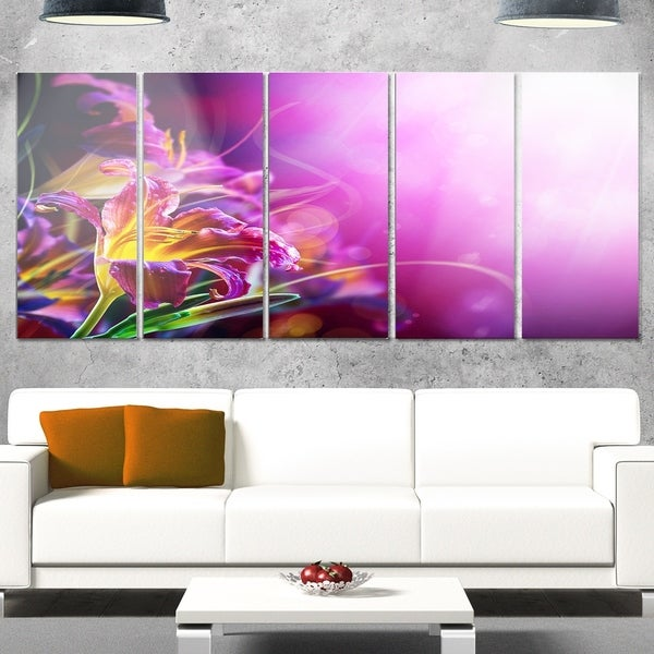 Phase1 Designart \'Flowers on Purple Background\' Floral Glossy Metal ...