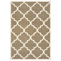"Style Haven Scallop Lattice Taupe/Ivory Microfiber Rug (6' 7 x 9' 6) - 6'7"" x 9'6"""