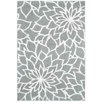Oliver & James Benka Grey Floral Microfiber Area Rug - 6'7 x 9'6
