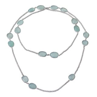Handmade Sterling Silver 'Aqua Princess' Chalcedony Necklace (India)