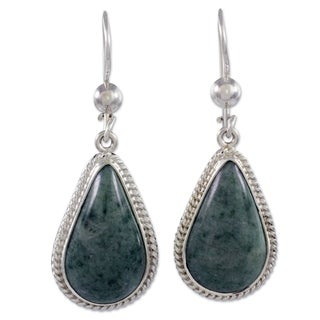 Handmade Sterling Silver 'Light Green Sacred Quetzal' Jade Earrings (Guatemala)