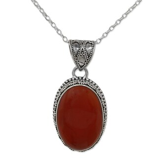 Handmade Sterling Silver 'Fiery Glamour' Carnelian Necklace (India)