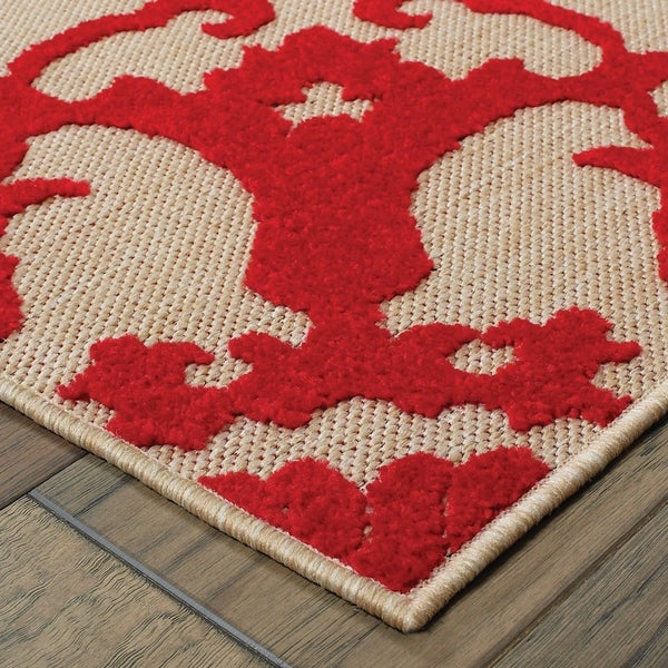 """Mixed Pile Floral Medallion Sand/ Red Indoor/Outdoor Rug - 2'3"""" x 7'6"""" Runner"""