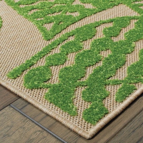 "Mixed Pile Botanical Leaves Sand/ Green Indoor/Outdoor Rug - 2'3"" x 7'6"" Runner"