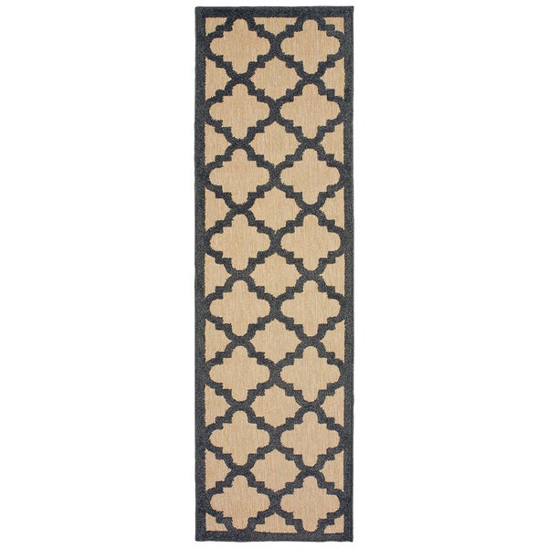 "Mixed Pile Quatrafoil Lattice Sand/ Charcoal Indoor/Outdoor Rug - 2'3"" x 7'6"""