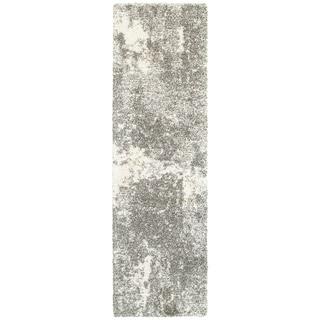 """Strick & Bolton Rabo Granite Light Grey/ Ivory Shag Runner Rug - 2'3"""" x 7'6"""" Runner"""