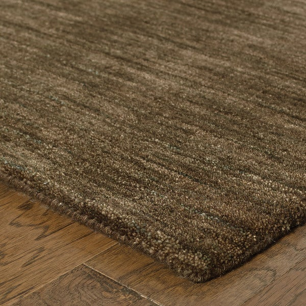 Shop Handwoven Plush Wool Heathered Brown Area Rug (2'6X8