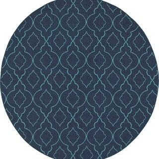 Scalloped Lattice Navy/ Blue Indoor Outdoor Rug - 7'10 Round