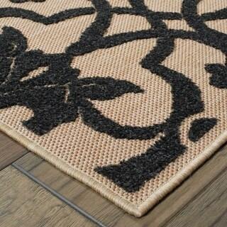 Medallion Sand/ Charcoal Indoor-Outdoor Area Rug (1'10 X 3'3)
