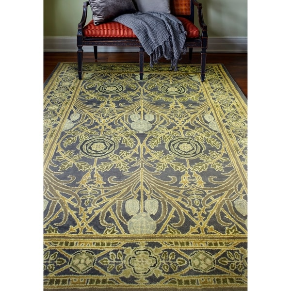 Hastings Transitional Hand Tufted Area Rug. Opens flyout.