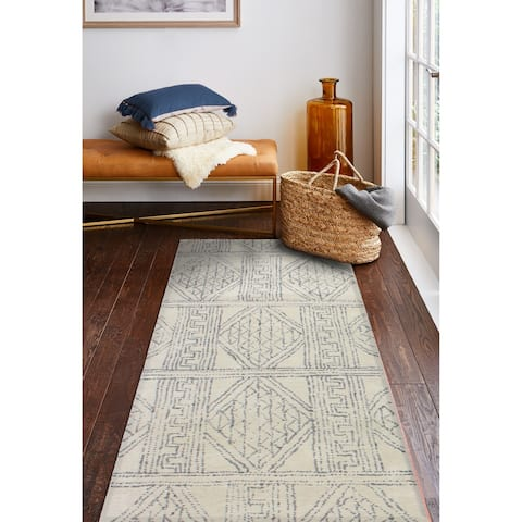 Exeter Transitional Hand Tufted Area Rug