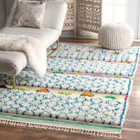 nuLOOM Soft and Plush Handmade Moroccan Trellis Tassel Shag Rug