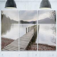 Designart - Wooden Jetty on Lake District - Wooden Sea Bridge Glossy Metal Wall Art