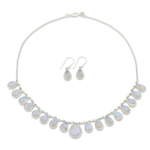 Handmade Lovely Morning Sterling Silver Moonstone Jewelry Set (India)
