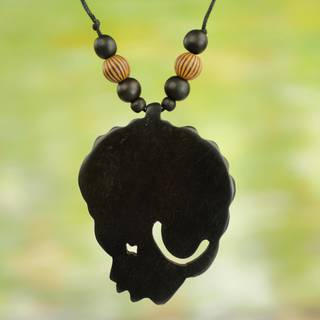 Handmade Bamboo Sese Wood 'Mama Africa' Necklace (Ghana)