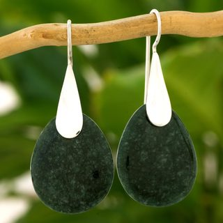 Handmade Sterling Silver 'Dark Yaxha Forest' Jade Earrings (Guatemala)