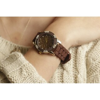 Olivia Pratt Women's Casual Silicone Watch (Option: Brown)