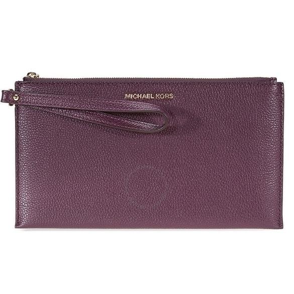 1e4915febfdf Shop Michael Kors Mercer Leather Wristlet - Purple - 32F6GM9W3L-599 - Free  Shipping Today - Overstock - 19786472