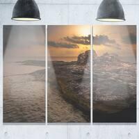 Designart - Rocky Coast with Ancient Ruins - Oversized Beach Glossy Metal Wall Art