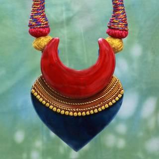 Handmade Cotton Ceramic 'Bengali Belle' Necklace (India)