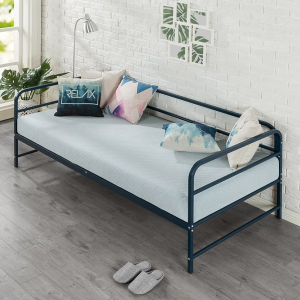 Priage by Zinus Nightfall Daybed