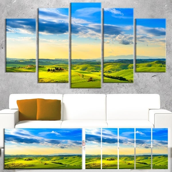 Designart 'Colorful Tuscany Countryside Farm' Landscape Canvas Wall Art