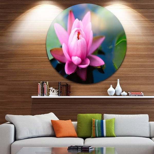 Designart Lotus Flower In The Pond Floral Large Disc Metal Wall Art