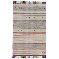 Grand Bazaar Mirella Light Gray Wool Rug (5' X 8') - 5' x 8'