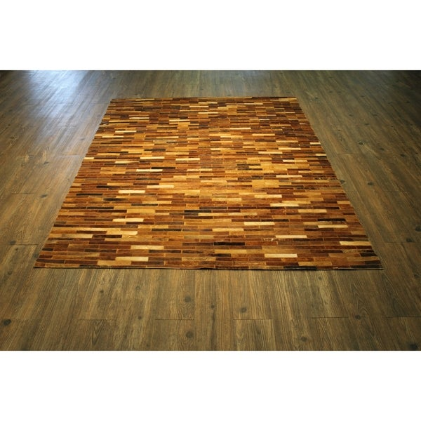 """Hair-on Hide Leather In Tan Brown Felt Backing - 7'6"""" x 9'6"""""""