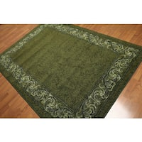 Modern Transitional Indonesian Mossy Green & Ivory Machine-Made Area Rug (5'4 x 7'8)