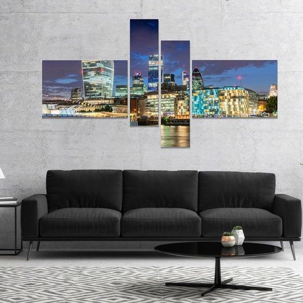 Designart 'Thames River at Night' Cityscape Photography Canvas Print