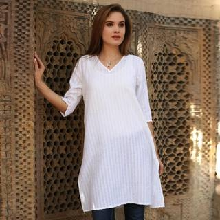 Handmade Cotton 'Flowing Beauty' Tunic (India)