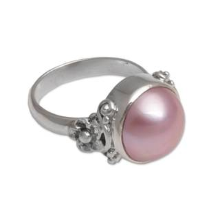 Handmade Sterling Silver 'Jepun Scent' Cultured Pearl Ring (12 mm) (Indonesia)