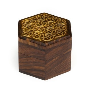 India Kashvi Keepsake Box - Lily (India)