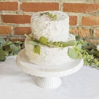 Love Cake Stand
