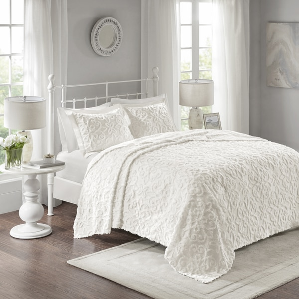 Madison Park Sarah White Cotton Chenille Oversized Bedspread Set